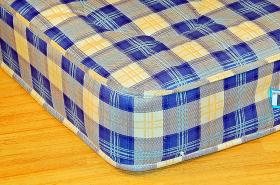 Deep quilted mattress 12.5 gauge open coil spring unit 9 gauge steel wire rod edge frame Quality stitch bond check fabric Orthopaedic